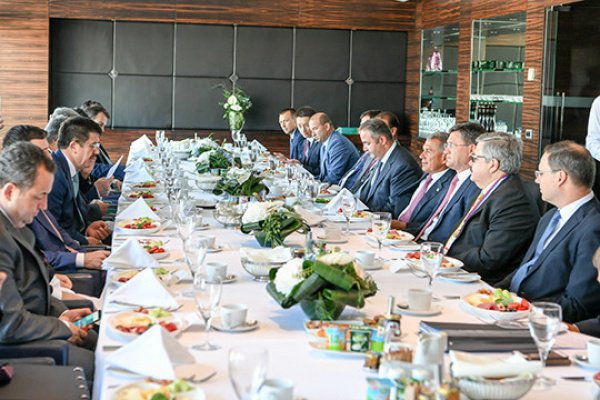 Сегодня президент Татарстана участвует в открытии и работе 86-й Измирской международной торговой выставке