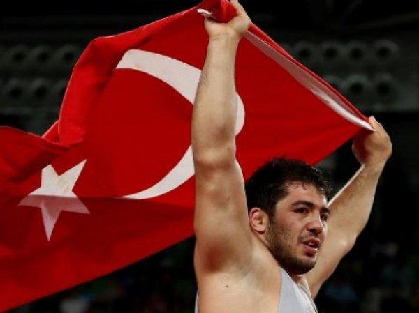 турецкий спортсмен