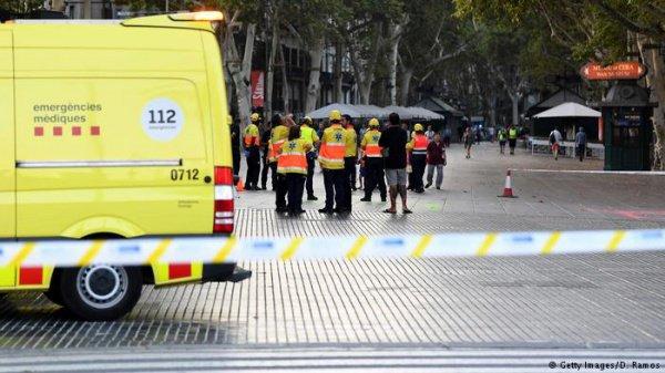 Медведев назвал чудовищным преступлением теракт вцентре Барселоны