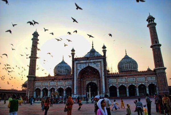 Решение об отмене мусульманского развода в Индии было принято голосами 3 из 5 судей