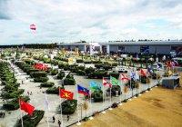 Минниханов посетил военно-технический форум «Армия-2017»