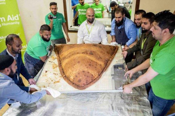 Знаменитая лондонская мечеть провела необычную благотворительную акцию
