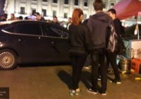 В Петербурге иномарка въехала в толпу пешеходов (Видео)