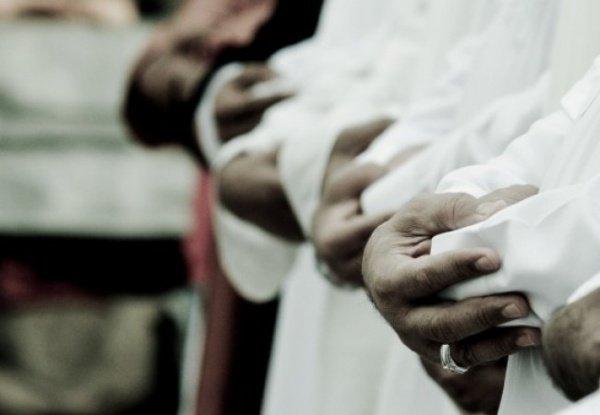 «Аллаху Акбар, Аллаху Акбар, ля иляха илляллаху валлаху акбар. Аллаху акбар ва лилляхиль-хамд»