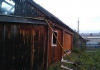 В Татарстане после удара молнии загорелся дом (ФОТО)