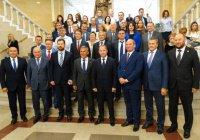 Михаил Бабич вручил удостоверения 9 судьям Татарстана