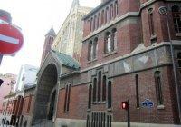 Католики и иудеи Парижа помогли прихожанам подтопленной мечети