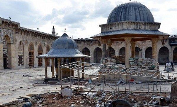 Мечеть Алеппо была разрушена террористами в 2013 году.