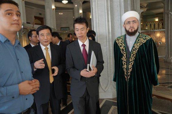 Муфтий РТ ознакомил китайских гостей с  духовными ценностями татар