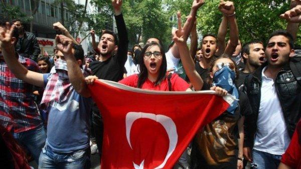Турецкие политики выяснили, сколько студентов находятся в тюрьмах.