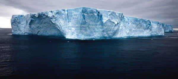 Айсберг A68 в июле этого года откололся от ледника Ларсена