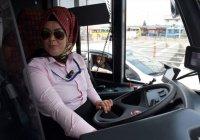В Турции запустили троллейбусы «только для женщин» (Фото)