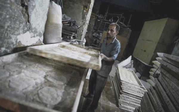 Агалати делают от 50 до 80 доставок хлеба в день. Поездки занимают от 10 до 30 минут.
