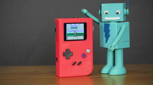 Поклонник компьютерных игр сделал наибольший Game Boy вмире
