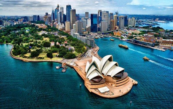 Астронавтический форум проходит в Австралии в преддверие юбилея запуска первого искусственного спутника Земли