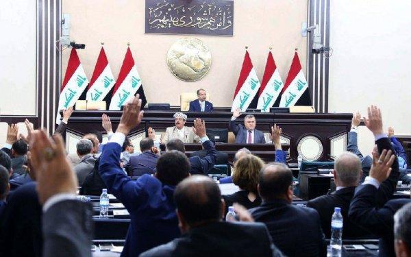 Парламент Ирака решил уволить чиновников, участвовавших в референдуме.