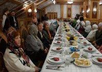 Гекдениз Карадениз поздравит ветеранов с Днем пожилых людей