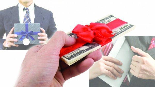 Коррупция, которая начинается с «благодарности»