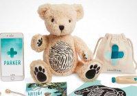 В магазине Apple неожиданно появился плюшевый медведь