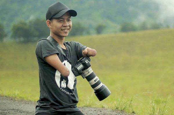 Ахмад - профессиональный фотограф из Индонезии