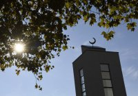 В пригороде Парижа закрыли «радикальную» мечеть