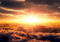 Аллах прикажет обитателям небес спуститься на землю и окружить людей…