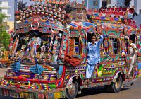 Почему в Пакистане самые красивые автобусы?