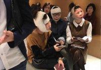 Из-за пластики 3 девушек из Китая не пускают домой (ФОТО)