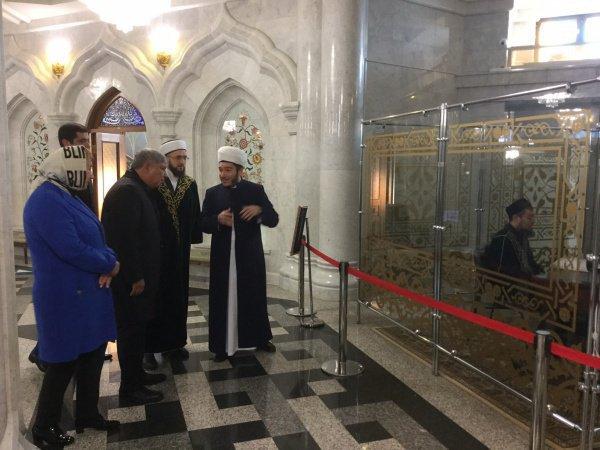 Мусульманский лидер рассказал гостю из Узбекистана об истории строительства «Кул Шарифа»