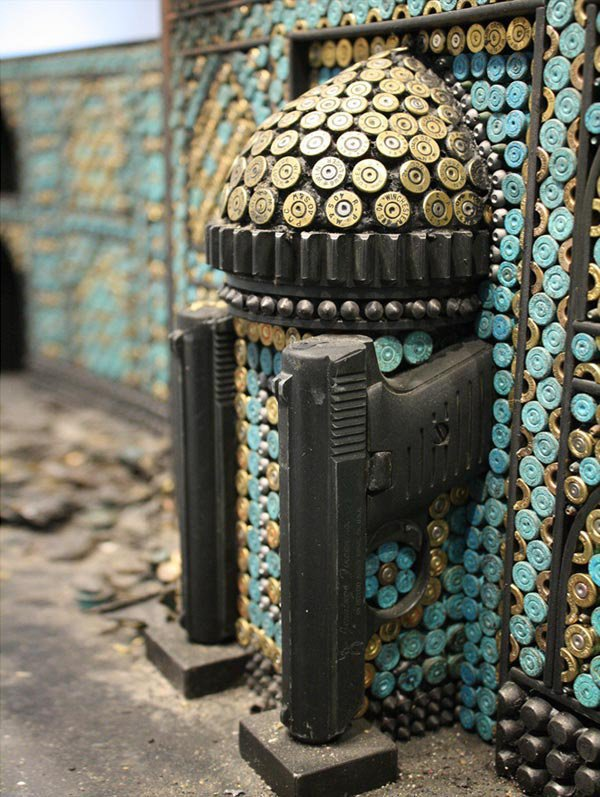 Невероятные миниатюры мечетей, сделанные из пуль