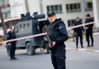 В Турции полицейский напал на прокурора Антальи