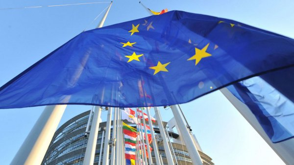 При этом в ответ на позитивные шаги Мьянмы ЕС готов отказаться от санкций