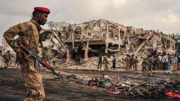 Вблизи отеля «Сафари» в Могадишо был взорван грузовик, начиненный взрывчаткой