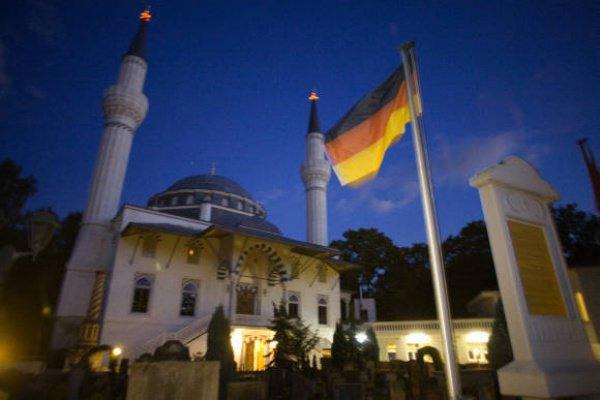 ВГермании задумались овведении мусульманских праздников
