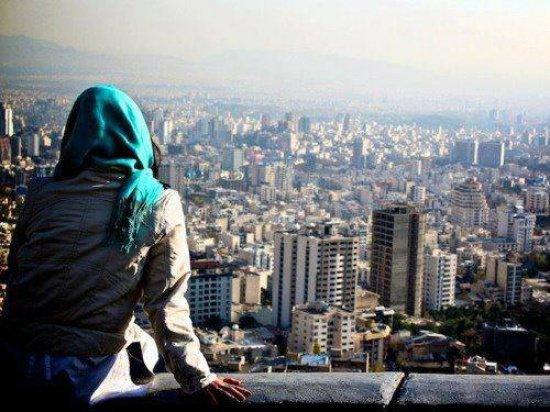 Каир признали самым опасным городом для женщин.
