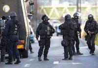 Во Франции арестовали группу радикалов, готовивших нападения на мусульман