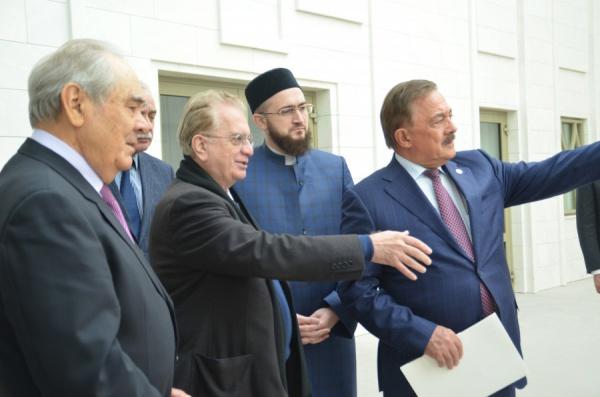 ВКазани откроется выставка фарфора изсобрания Эрмитажа