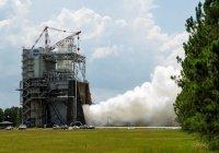 NASA испытало двигатель для сверхтяжелой ракеты (ВИДЕО)