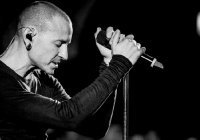 Концерт в память о солисте Linkin Park покажут в YouTube