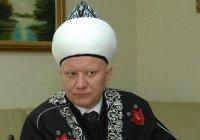 Крганов призвал изучать наследие имамов, погибших от рук террористов