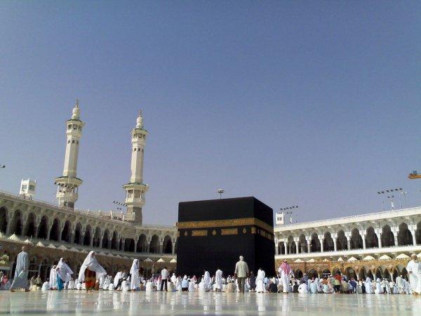 Саудовские власти продолжают реконструкцию Запретной мечети.