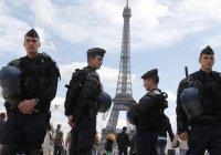 Полиция Франции получила право закрывать мечети