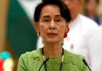 Лидер Мьянмы впервые побывала на территории рохинджа