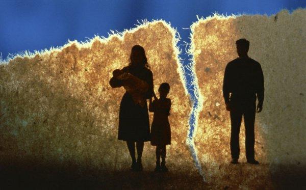 Отмечается также, что чаще всего подают на развод именно женщины