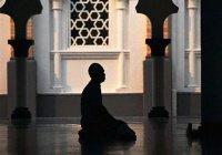 Защита от наущений шайтана  во время молитвы