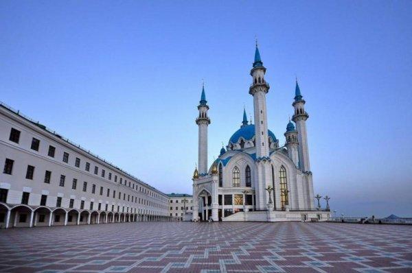 """Мечеть """"Кул Шариф"""" - один из крупнейших мусульманских храмов России."""