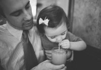 Американец поразил Интернет спасением дочери (ВИДЕО)