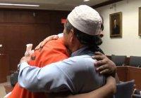 Мусульманин простил убийцу своего сына на суде