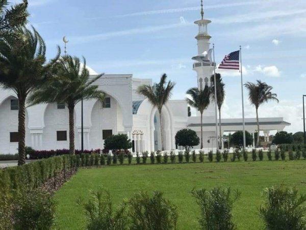 Мечеть стала одной из крупнейших в США.