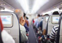 Неуместные проявления нежности стали причиной потасовки в самолете